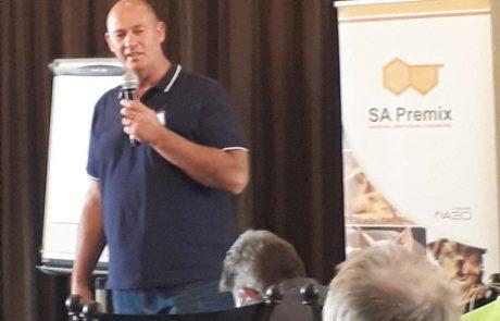SA Premix hosts a successful pig day